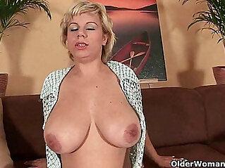 dildo, mature, mom, mother, pussy