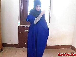 arabian, balls, lady, muslim, slim