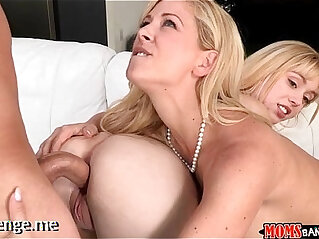 chinese tits, mother