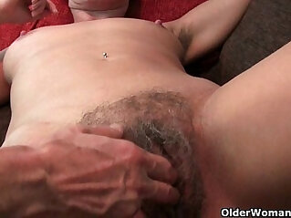 hairy cunt, mature, mom, mother, pussy, rubbing