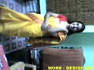 رقص التعري - Indian Lucknow Girl stripping saree after party